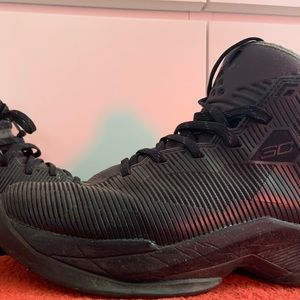 Under armour curry 6 1/2 men's, basketball shoe